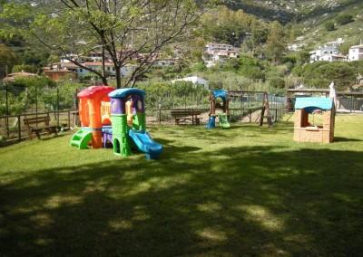 Spazio Giochi dietro la spiaggia di Fetovaia all'Isola dElba