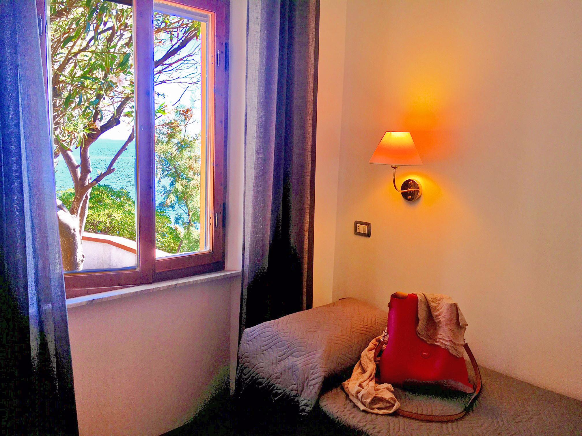 Appartamento chiessi welcome to elba for Chiessi e fedi arredo bagno